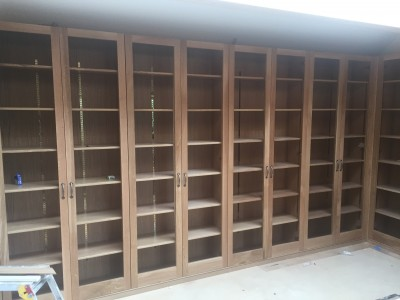 Wall to wall book cases